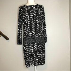 Donna Morgan 3/4 Sleeve Shift Dress